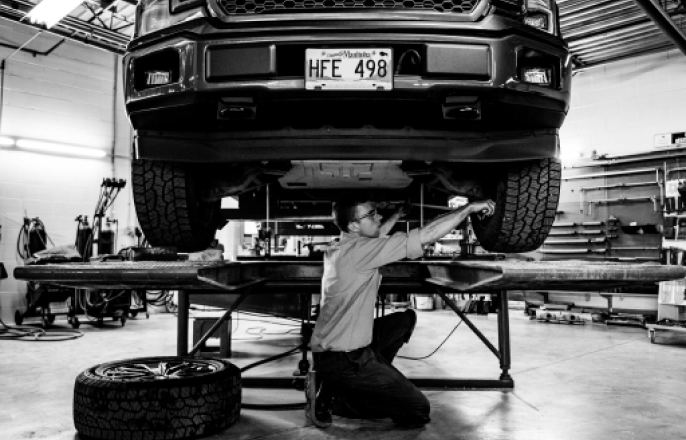 Oil and Filter Service at Winter's Auto Service Winnipeg